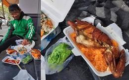 Tài xế Grab và bữa ăn thịnh soạn trên hè phố, sự thật đằng sau khiến nhiều người giận dữ