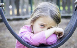 Lời khuyên chuẩn xác của chuyên gia về việc nuôi dạy trẻ nhạy cảm mà không khiến chúng bị tổn thương