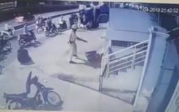 Xác minh clip CSGT chĩa súng, tung chân đá 2 người sau va chạm giao thông ở Sài Gòn