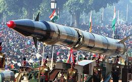 """Căng thẳng với Pakistan, Ấn Độ tuyên bố có """"mẹ của các loại bom hạt nhân"""""""