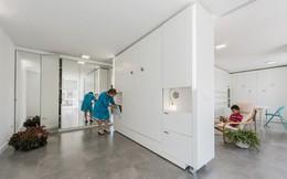 Tường xoay cho phép căn hộ này thay đổi bố cục chỉ trong vài phút