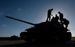 """Nội chiến Libya: TT Trump đã quyết định """"nắm người có tóc, không ai nắm kẻ trọc đầu"""""""