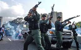 Ông Guaidó tuyên bố đảo chính, đe dọa biểu tình kéo dài, chính quyền TT Maduro cáo buộc Mỹ chỉ đạo đảo chính