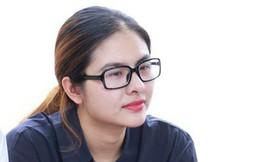 Nghệ sĩ Quyền Linh, Vân Trang mắt đỏ hoe, thẫn thờ ôn lại những kỷ niệm cùng cố nghệ sĩ Lê Bình