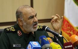 """Tướng Iran: Nước Mỹ mắc bệnh loãng xương, chỉ cần """"một cú đấm bất ngờ"""" là gục ngã như tòa tháp ngày 11/9"""