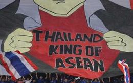 Bóng đá Thái Lan và bài 'lấy mỡ nó rán nó'