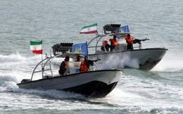 """Viễn cảnh kinh hoàng: Quân Mỹ hứng mưa tên lửa, cạn kiệt vũ khí chính xác, bị Iran """"xẻ thịt từng phần"""""""