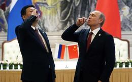 """TQ oằn mình dưới đòn thương mại liên hoàn, Nga tức tốc vung 3 """"tấm khiên"""" yểm hộ Bắc Kinh"""