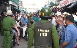 Tạm giữ hình sự hai anh em đập phá quán karaoke, cầm gạch chống đối gây thương tích 2 cảnh sát