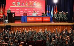 """Ngăn ông Guaido bị tống giam, Mỹ lại chìa """"củ cà rốt"""" cho quân đội Venezuela"""
