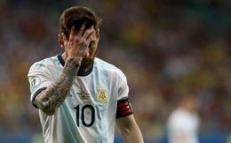 Messi ôm mặt thất vọng, Argentina khởi đầu Copa America bằng một thảm họa