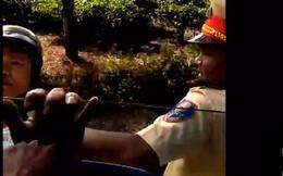 Lập tổ công tác làm rõ vụ quay clip CSGT vì cho rằng bị bắt lỗi sai, bị 2 thanh niên lạ mặt gây hấn