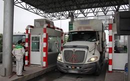 Lái xe container đỗ xe tại trạm thu phí BOT Tiên Cựu rồi bỏ đi