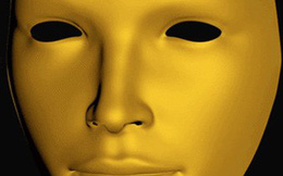 Chiếc mặt nạ này ẩn chứa 2 câu hỏi mà chỉ có thiên tài hoặc người mắc... tâm thần phân liệt mới trả lời được