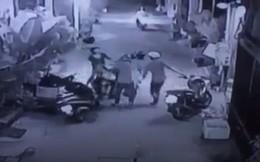 Truy lùng 2 tên cướp dùng roi điện tấn công cô gái, cướp môtô