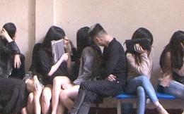 Gần 20 nam thanh nữ tú dương tính với ma túy trong nhà nghỉ Titan