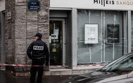 Pháp: Thong dong cướp ngân hàng cách dinh tổng thống chưa đầy 200 m