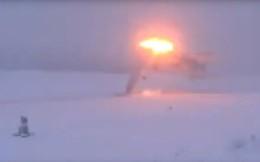 Hé lộ giây phút siêu oanh tạc cơ Tu-22M3 của Nga gãy đôi, bốc cháy ngùn ngụt