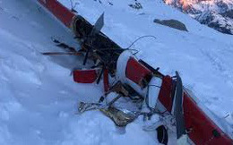 Trực thăng và máy bay đâm nhau giữa trời, 7 người thiệt mạng