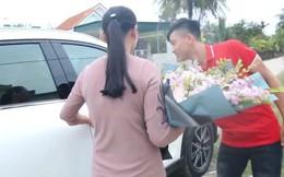 Phan Văn Đức hoàn thành ước mơ mua xế hộp tiền tỷ trước thềm Tết Nguyên đán