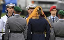 TIẾT LỘ SỐC: Một nửa tân binh dự bị Đức không đủ điều kiện tại ngũ