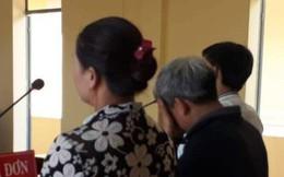 Nguyên đơn khóc tại tòa khi thắng kiện chủ tịch xã