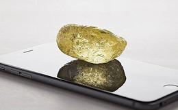 Viên kim cương vàng khổng lồ đẹp nguyên sơ, tinh khiết