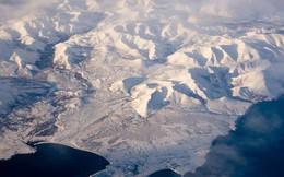 """Cực Bắc từ """"nổi loạn"""" đổ xô quá nhanh về phía Nga"""