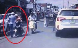 Vụ tài xế ô tô tát phụ nữ sau va chạm với bé trai chạy sang đường: Dân mạng đến tận nhà thay phiên ứng trực 24/24 để đòi công bằng