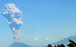 Philippines rung chuyển vì động đất, núi lửa Merapi ở Indonesia lại phun trào