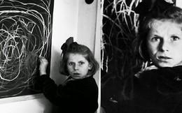 Bé gái vẽ nhà với ánh mắt vô hồn: Minh chứng cho sự tàn khốc của chiến tranh in hằn lên tâm hồn trẻ thơ