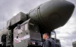 """""""Tên lửa chết chóc"""" S-500 của Nga khiến những vũ khí sừng sỏ nhất của Mỹ thành sắt vụn?"""