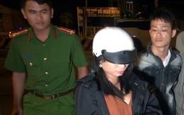 Đôi nam nữ mang dao và ma túy đá trong túi xách đi chơi đêm