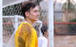 """Đặng Văn Lâm tiết lộ về """"thánh nói nhiều"""" ở đội bóng mới"""