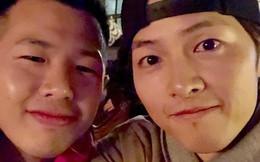 Bị hàng ngàn người réo gọi sau tin ly hôn, Song Joong Ki cuối cùng đã xuất hiện