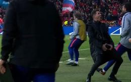 HLV Atletico Madrid giải thích lý do ăn mừng phản cảm khi thấy học trò chọc thủng lưới đội bóng của Ronaldo