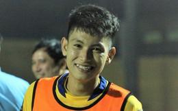Tài năng trẻ Thanh Hóa thu hút bởi nụ cười tỏa nắng trong ngày V.League khởi tranh