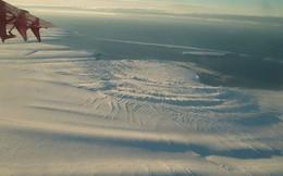 """Nam Cực chuẩn bị """"đẻ"""" cho nhân loại một đứa con to gấp đôi cả thành phố New York"""
