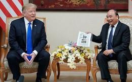 """Đến Việt Nam, Tổng thống Donald Trump thấy """"như được trở về nhà""""!"""