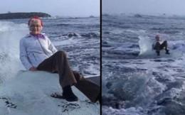 Ngồi trên tảng băng để chụp ảnh tự sướng, bà cụ bị sóng đánh dạt ra biển