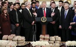 Tổng thống Trump mở tiệc đồ ăn nhanh đãi khách tại Nhà Trắng