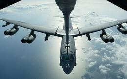 """Mỹ tiếp tục đưa """"pháo đài bay"""" B-52 đến Biển Đông"""