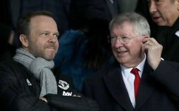 """Xúc động hình ảnh """"cha già"""" Alex Ferguson mỉm cười mãn nguyện, nhìn """"đàn con"""" MU làm nên kỳ tích trước PSG"""