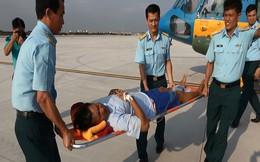 Trực thăng đưa người từ Trường Sa về đất liền cấp cứu
