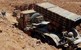"""Pháo binh, tên lửa Syria đánh phá căn cứ địa của """"quân thánh chiến"""" ở Idlib"""