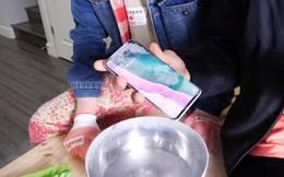 Thử nghiệm khắc nghiệt: Ngâm Galaxy S10 dưới nước ở độ sâu 1m5, đun sôi và đóng băng trong nitơ lỏng
