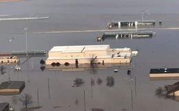"""Căn cứ quan trọng số 1 Mỹ với """"máy bay ngày tận thế"""" chìm dưới nước"""