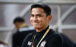 U23 Thái Lan thảm bại trước Việt Nam, CĐV 'cầu cứu' HLV Kiatisak
