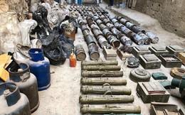 Quân cảnh Nga phát hiện một kho vũ khí của IS ở trại Yamouk, Damascus