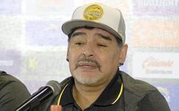Huyền thoại bóng đá Maradona bị phạt vì 'dành chiến thắng' cho ông Maduro